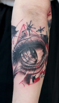 Eyeball tattoo on the arm by graynd